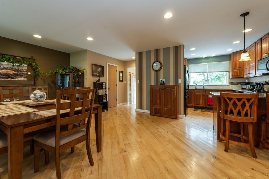 Real Estate Photography - 1818 Hazelwood Dr, Lindenhurst, IL, 60046 - Kitchen / Dining Room