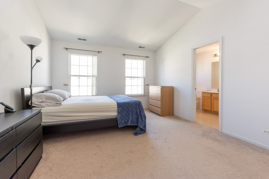 Real Estate Photography - 54 East Clare Ct, Palatine, IL, 60067 - Master Bedroom