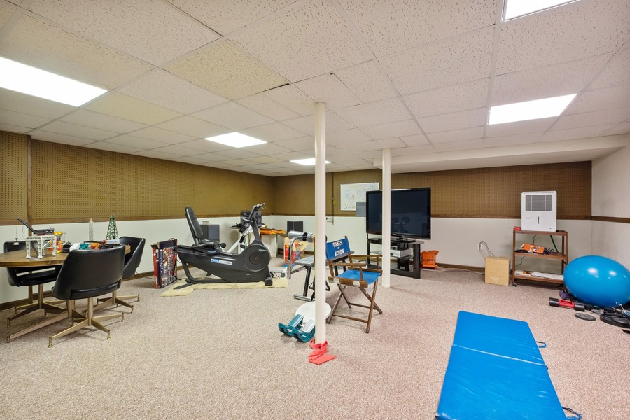 Real Estate Photography - 388 Beech St, Highland Park, IL, 60035 - Exercise Room