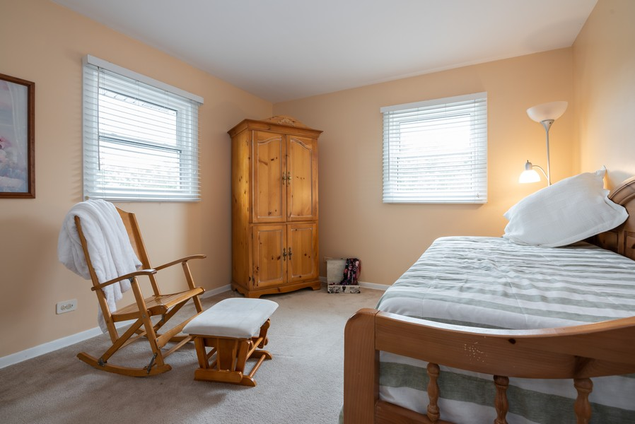Real Estate Photography - 4065 Winston Dr, Hoffman Estates, IL, 60192 - 2nd Bedroom