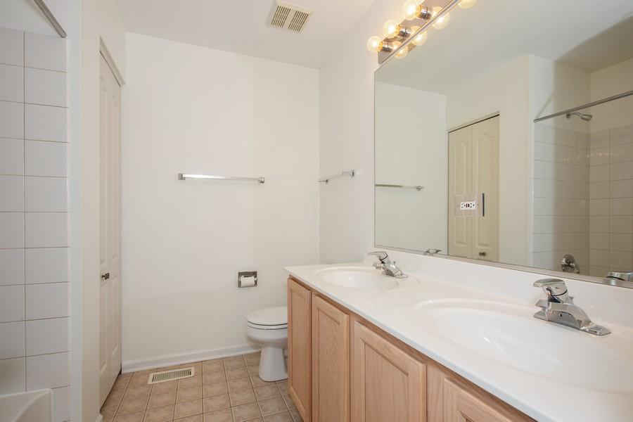 Real Estate Photography - 2570 Golf Ridge Cir, 2570, Naperville, IL, 60563 - Master Bathroom
