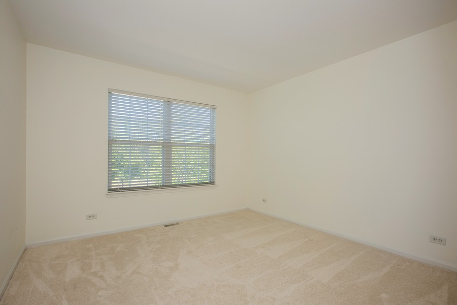 Real Estate Photography - 2570 Golf Ridge Cir, 2570, Naperville, IL, 60563 - Bedroom