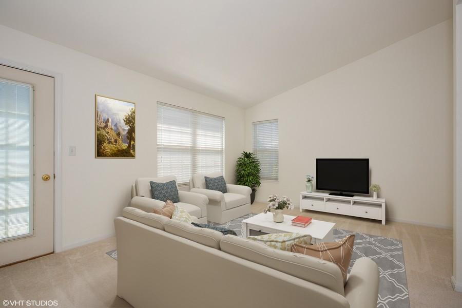 Real Estate Photography - 2570 Golf Ridge Cir, 2570, Naperville, IL, 60563 - Family Room