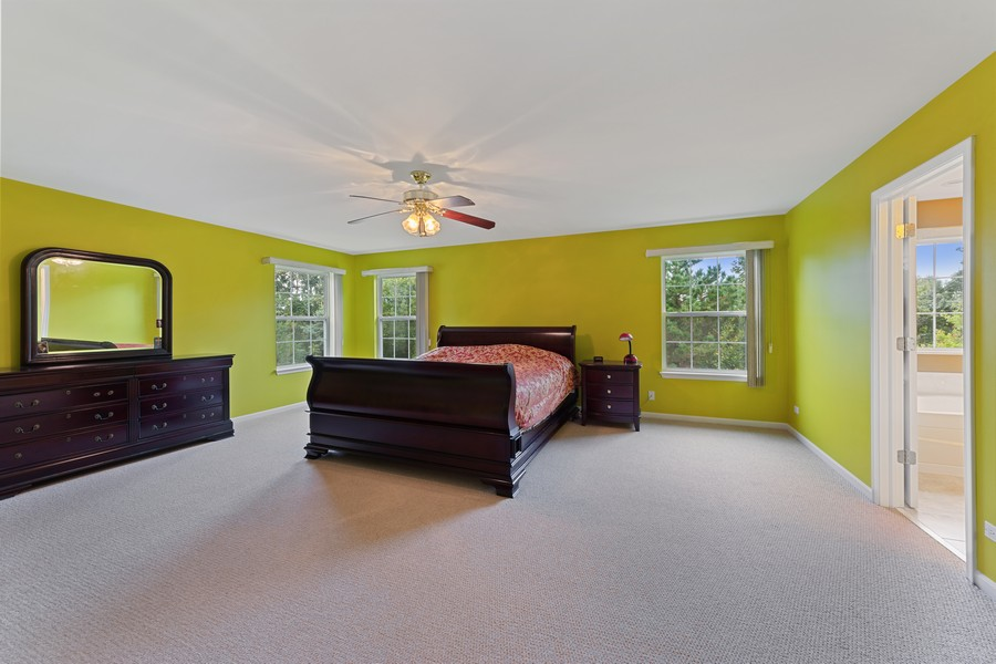 Real Estate Photography - 1710 North Woods Way, Vernon Hills, IL, 60061 - Master Bedroom
