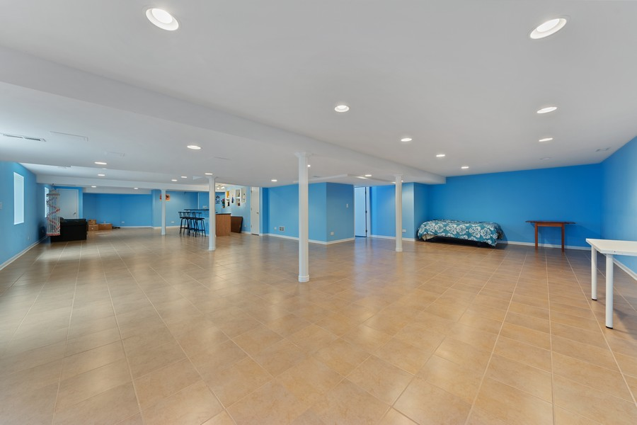 Real Estate Photography - 1710 North Woods Way, Vernon Hills, IL, 60061 - Basement