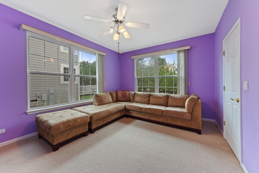 Real Estate Photography - 1710 North Woods Way, Vernon Hills, IL, 60061 - Office