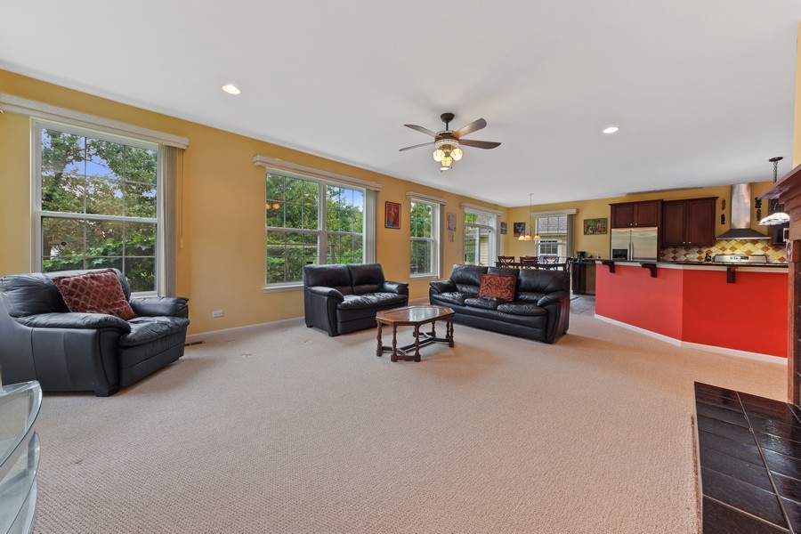 Real Estate Photography - 1710 North Woods Way, Vernon Hills, IL, 60061 - Family Room / Kitchen