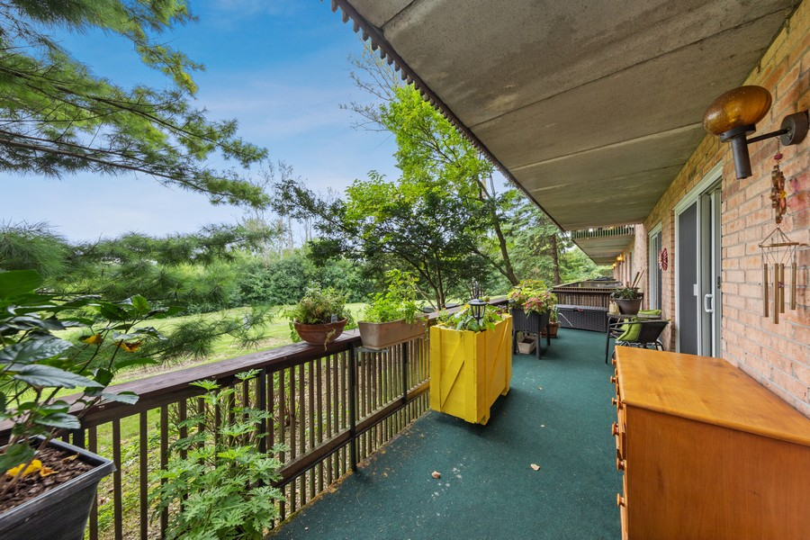 Real Estate Photography - 502 Redondo Dr, 106, Downers Grove, IL, 60516 - Balcony