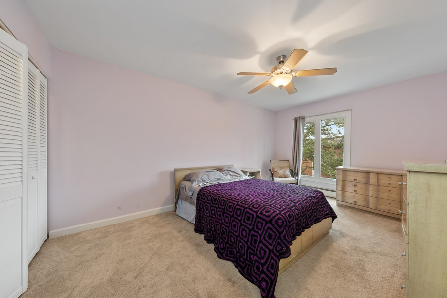 Real Estate Photography - 4250 Saratoga Ave, L301, Downers Grove, IL, 60515 - Bedroom