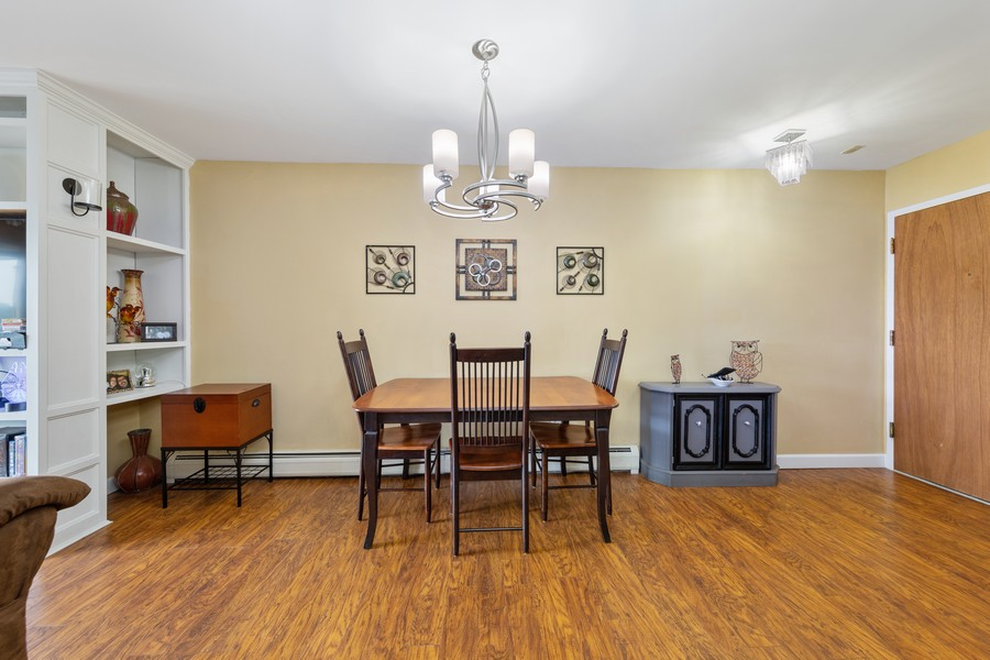 Real Estate Photography - 4250 Saratoga Ave, L301, Downers Grove, IL, 60515 - Dining Room