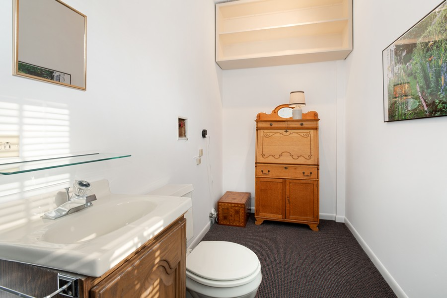 Real Estate Photography - 589 Lincoln Ave, Winnetka, IL, 60093 - Powder Room On Main Level