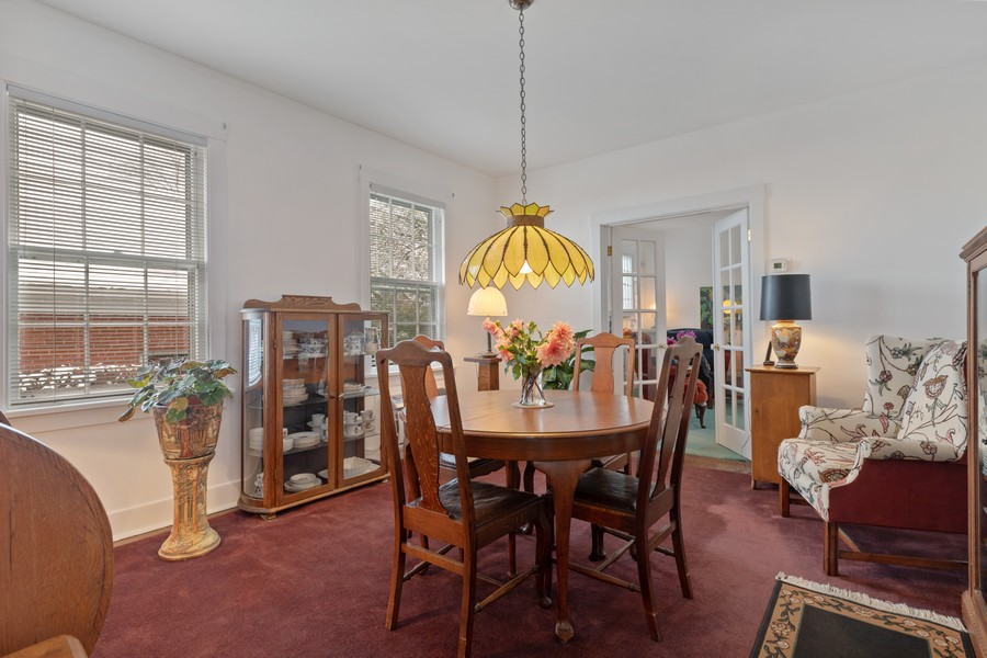 Real Estate Photography - 589 Lincoln Ave, Winnetka, IL, 60093 - Dining Area