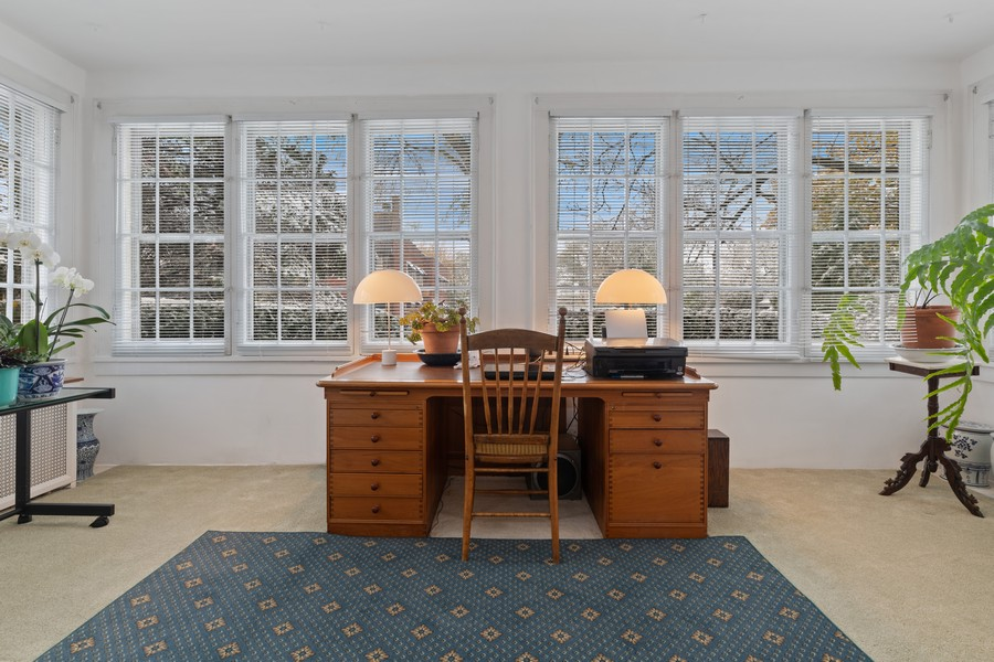 Real Estate Photography - 589 Lincoln Ave, Winnetka, IL, 60093 - Family Room