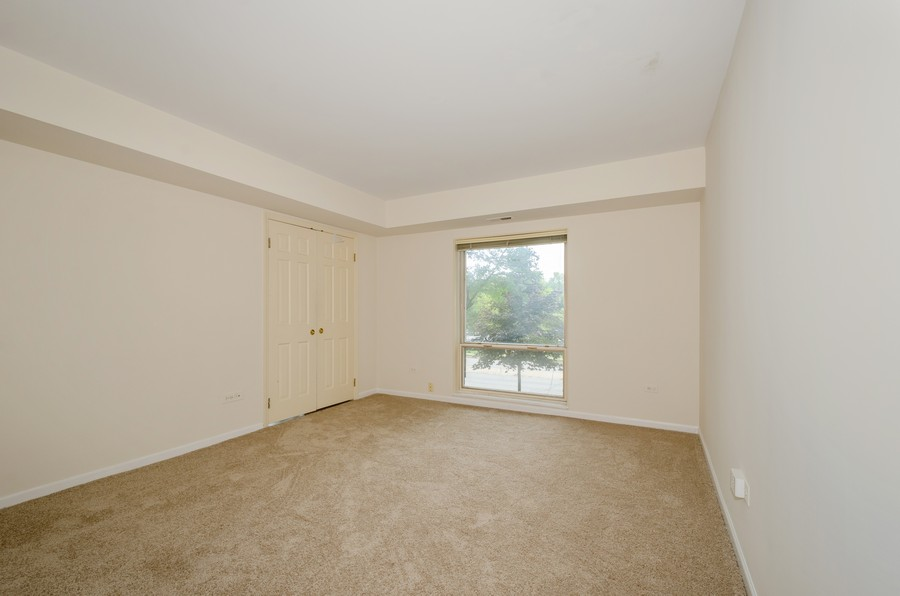 Real Estate Photography - 134 Green bay rd, Winnetka,, IL, 60093 - 2nd Bedroom