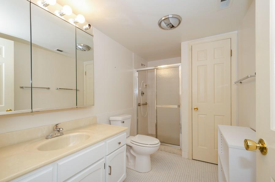 Real Estate Photography - 134 Green bay rd, Winnetka,, IL, 60093 - Bathroom
