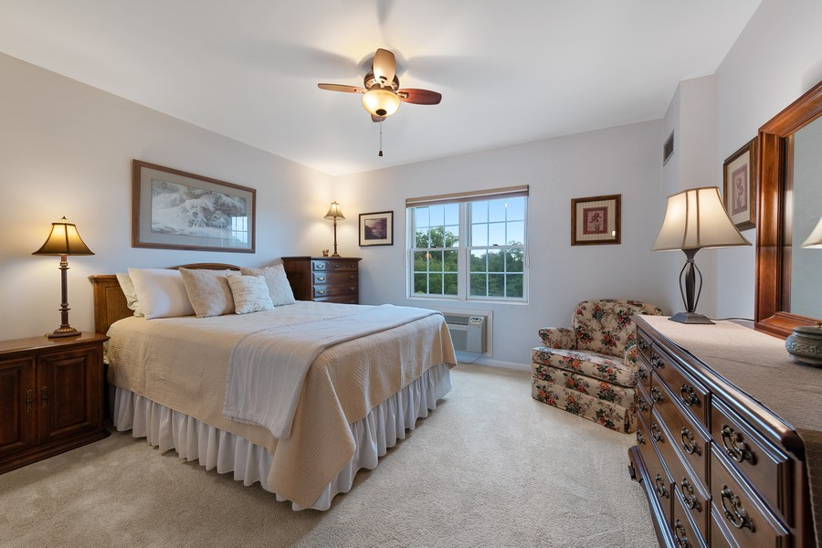 Real Estate Photography - 1220 Depot St, 416, Glenview, IL, 60025 - Bedroom