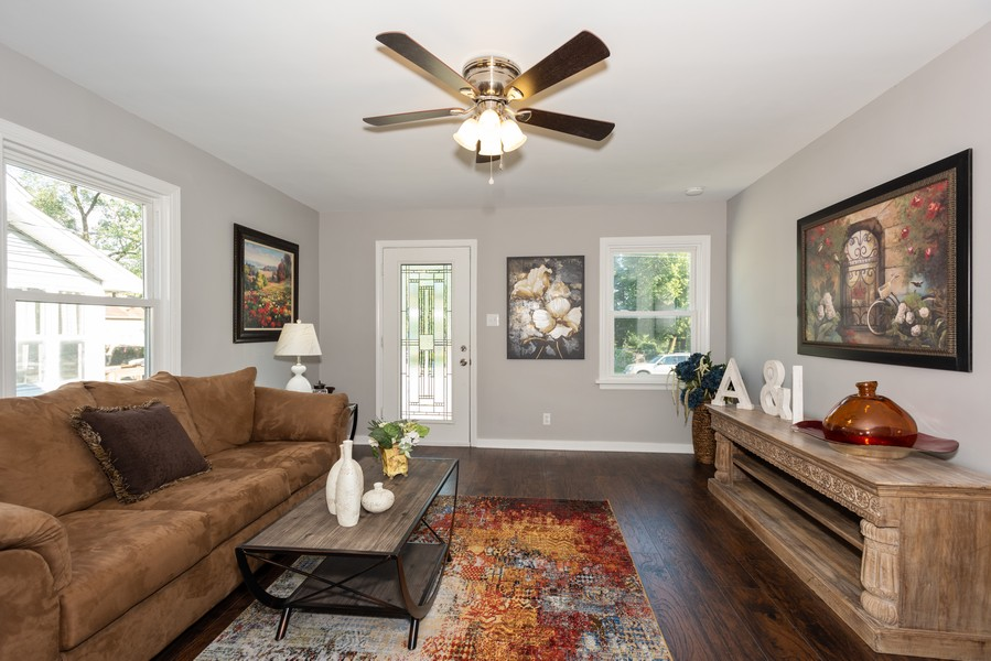 Real Estate Photography - 1233 Indian Ave, Aurora, IL, 60505 - Living Room
