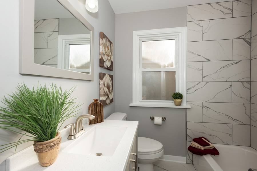 Real Estate Photography - 1233 Indian Ave, Aurora, IL, 60505 - Bathroom
