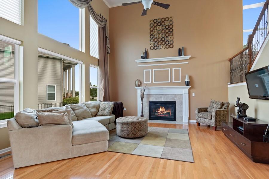 Real Estate Photography - 1276 Twilight Way, Bolingbrook, IL, 60490 - Family Room