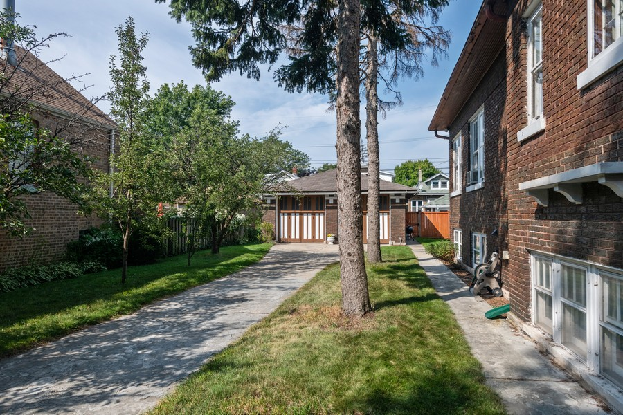 Real Estate Photography - 2216 Grove Ave, Berwyn, IL, 60402 -