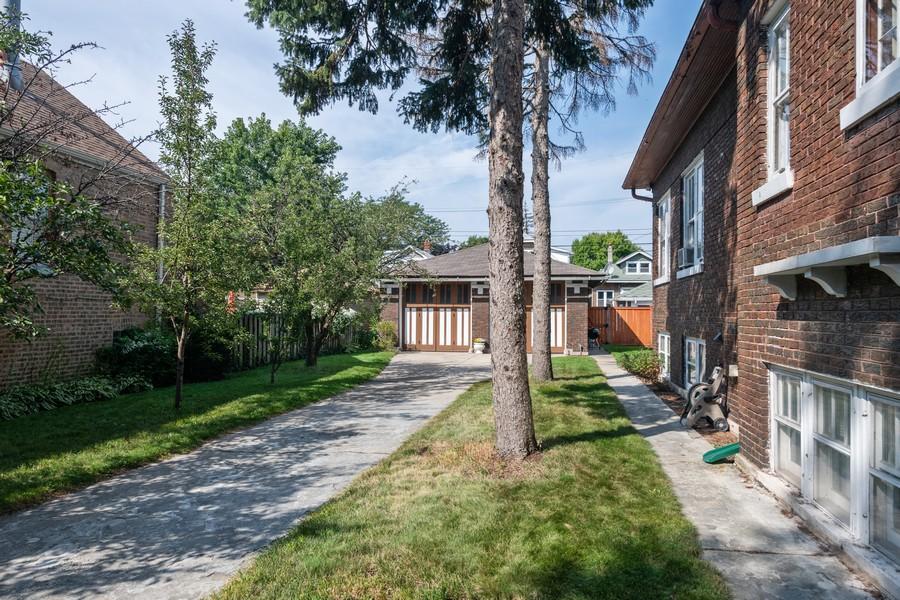 Real Estate Photography - 2216 Grove Ave, Berwyn, IL, 60402 - Side Yard