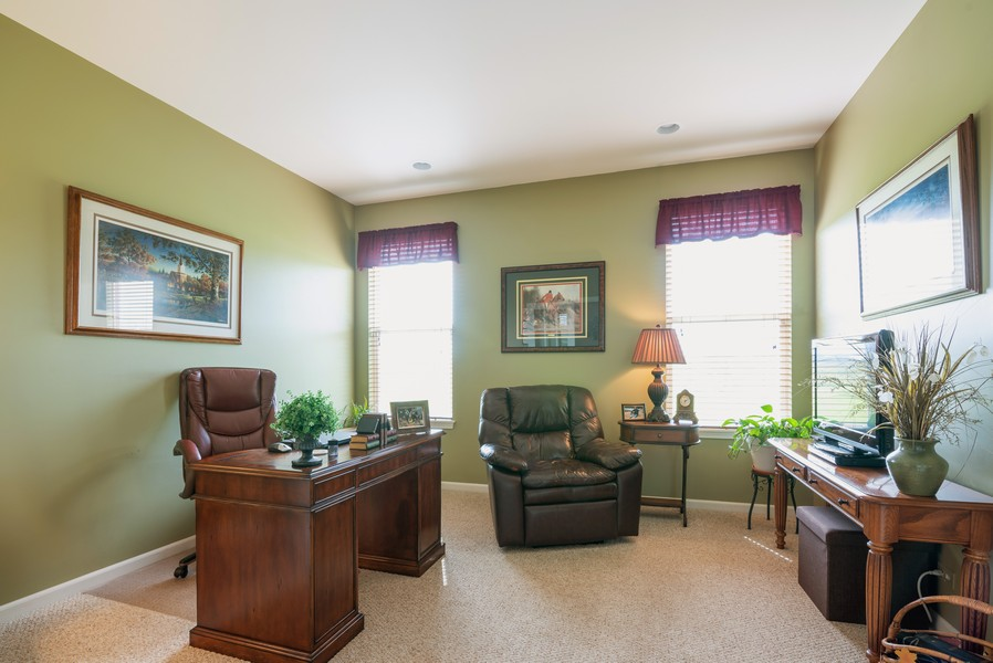 Real Estate Photography - 2781 Harnish Dr, Algonquin, IL, 60102 - Office