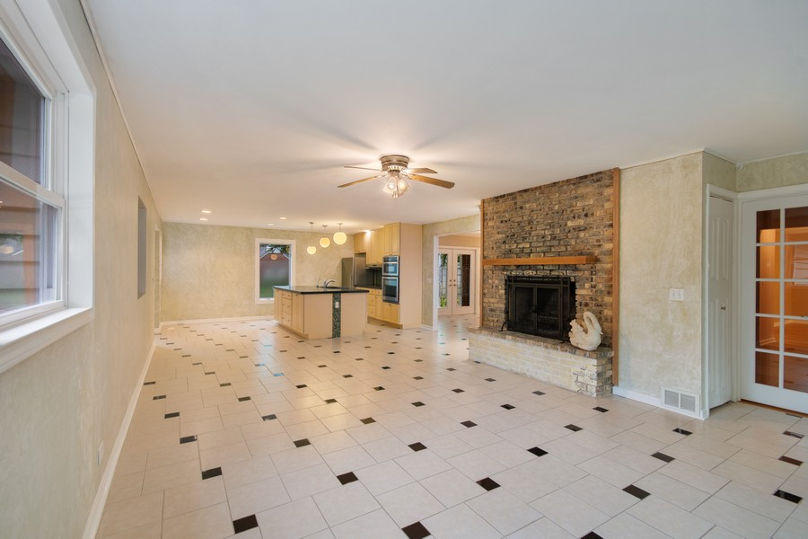 Real Estate Photography - 1228 Suffolk St, Naperville, IL, 60563 - Family Room