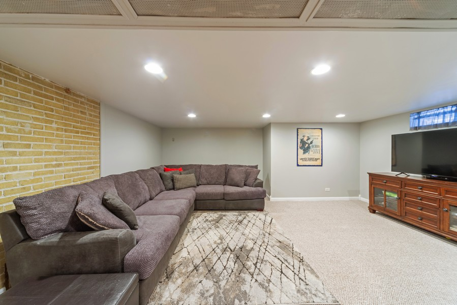 Real Estate Photography - 1650 Downing Ave, Westchester, IL, 60154 - Family Room