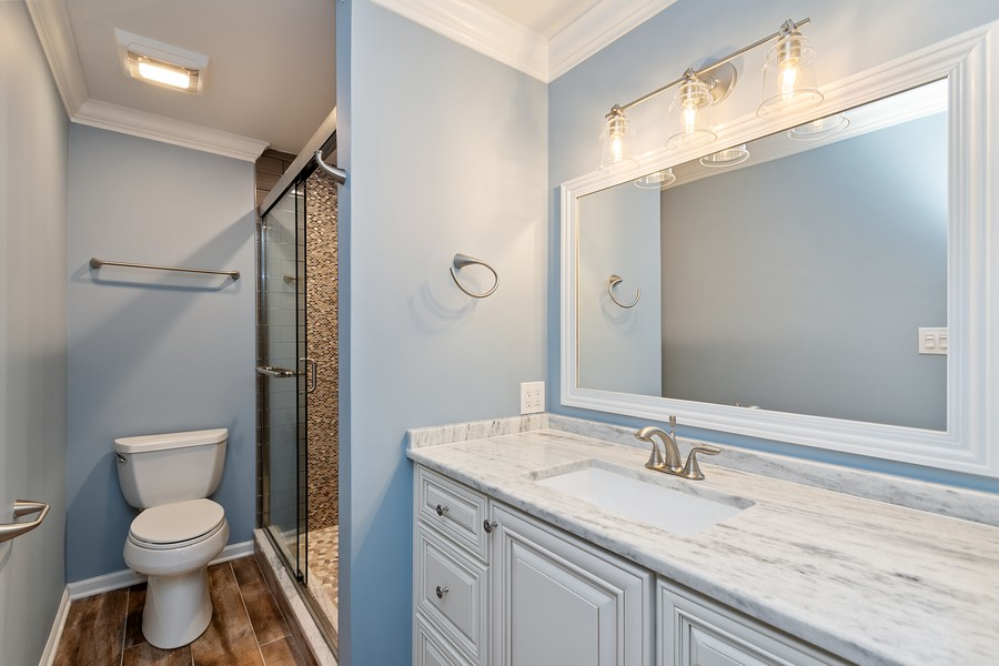 Real Estate Photography - 318 Ohio Rd, Frankfort, IL, 60423 - Master Bathroom