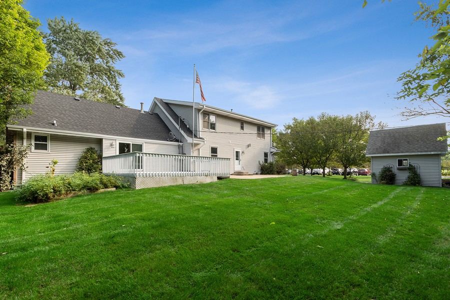 Real Estate Photography - 318 Ohio Rd, Frankfort, IL, 60423 - Rear View