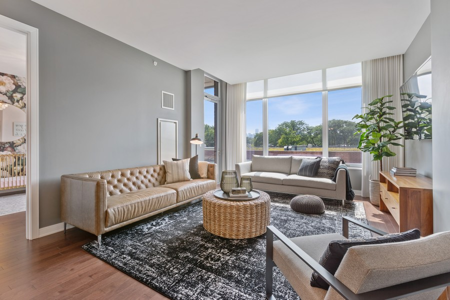 Real Estate Photography - 540 West Webster Ave, 307, Chicago, IL, 60614 - Living Room