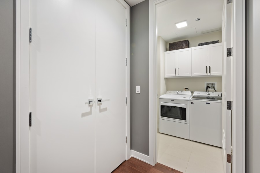 Real Estate Photography - 540 West Webster Ave, 307, Chicago, IL, 60614 - Laundry Room