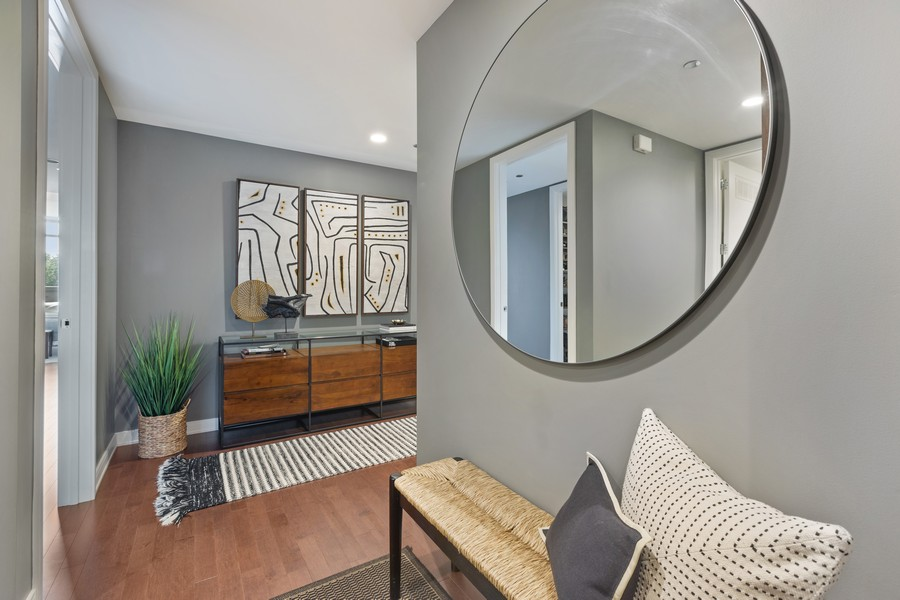 Real Estate Photography - 540 West Webster Ave, 307, Chicago, IL, 60614 - Entryway