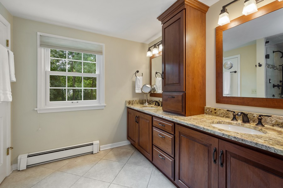 Real Estate Photography - 455 West Sunset Rd, Barrington, IL, 60010 - Master Bathroom
