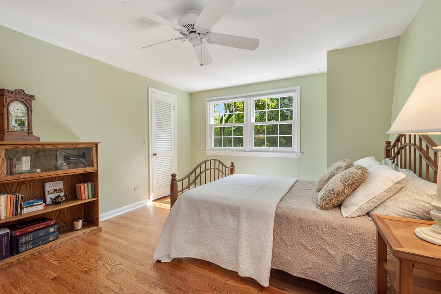 Real Estate Photography - 455 West Sunset Rd, Barrington, IL, 60010 - 2nd Bedroom
