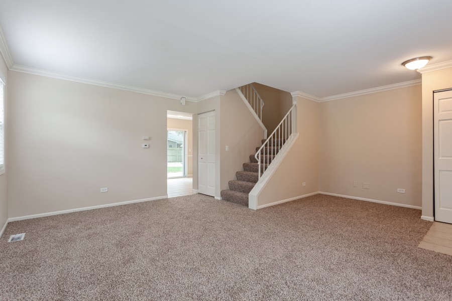 Real Estate Photography - 1733 Cumberland Rd, Aurora, IL, 60504 - Living Room