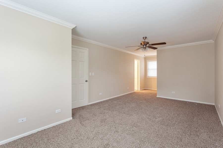 Real Estate Photography - 1733 Cumberland Rd, Aurora, IL, 60504 - Master Bedroom