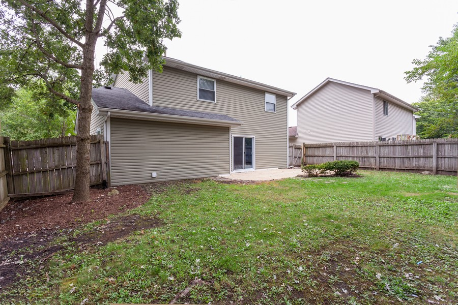 Real Estate Photography - 1733 Cumberland Rd, Aurora, IL, 60504 - Rear View