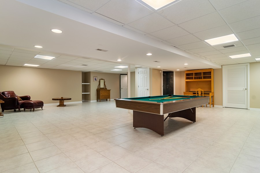 Real Estate Photography - 29W554 Sunset Ridge Dr, Bartlett, IL, 60103 - Recreational Area