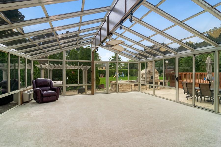 Real Estate Photography - 29W554 Sunset Ridge Dr, Bartlett, IL, 60103 - Sun Room