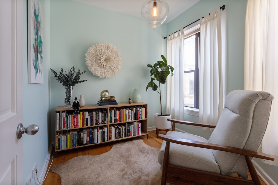 Real Estate Photography - 5223 South Drexel Ave, 3N, Chicago, IL, 60615 - Bedroom