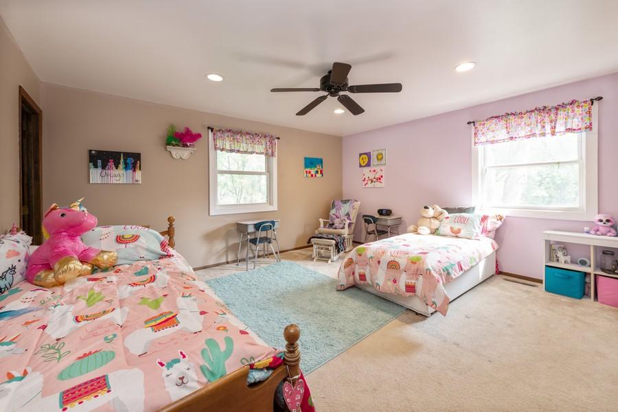 Real Estate Photography - 2406 Rose Tree Ln, Lindenhurst, IL, 60046 - Master Bedroom