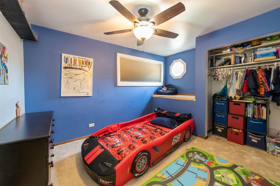 Real Estate Photography - 2406 Rose Tree Ln, Lindenhurst, IL, 60046 - Bedroom