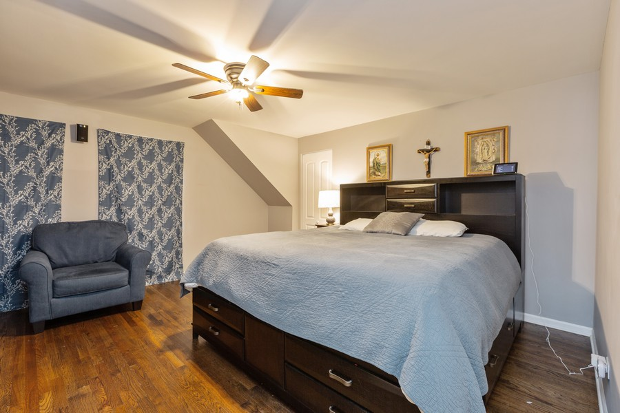Real Estate Photography - 4919 S Lotus Avenue, Chicago, IL, 60804 - Master Bedroom