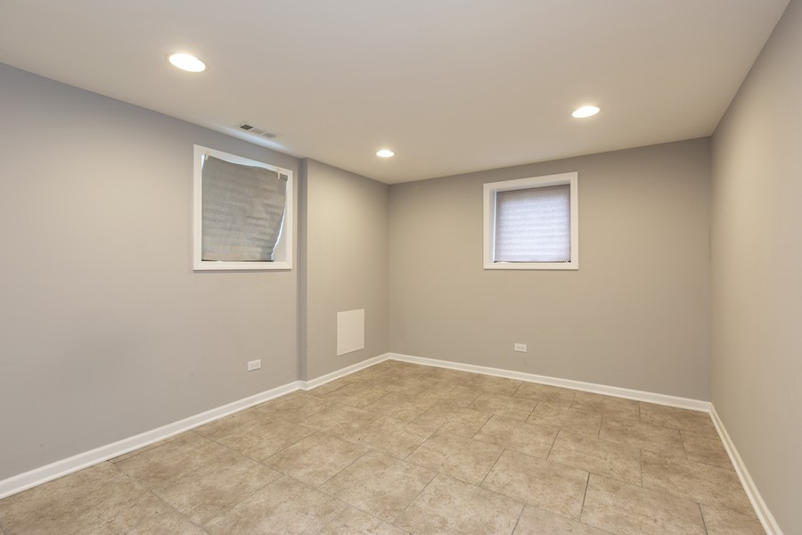 Real Estate Photography - 4919 S Lotus Avenue, Chicago, IL, 60804 - 3rd Bedroom