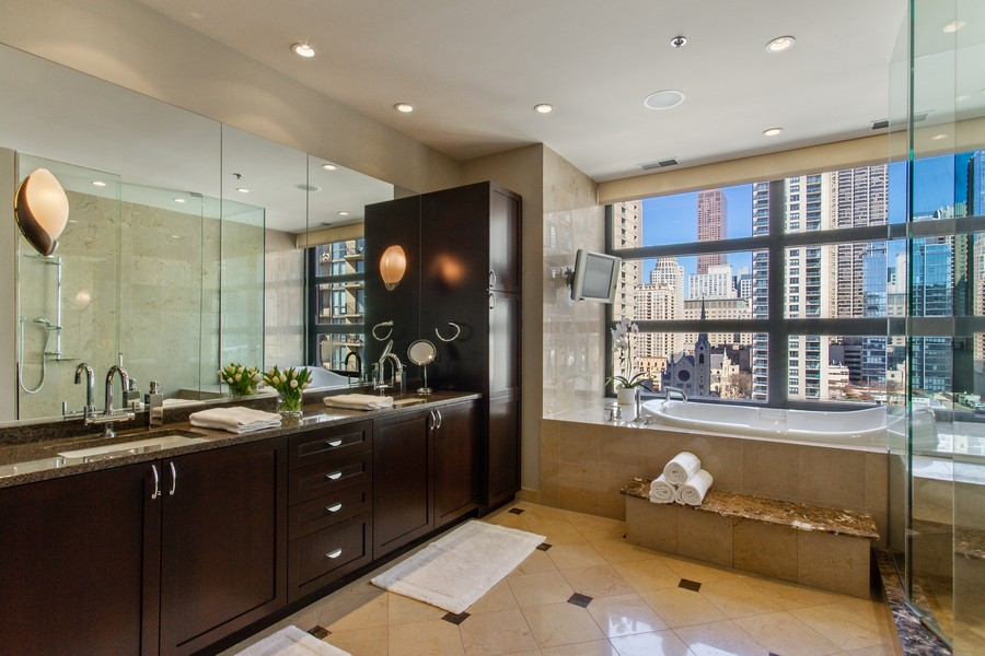Real Estate Photography - 101 W Superior St, Unit 1204, Chicago, IL, 60611 - Master Bathroom