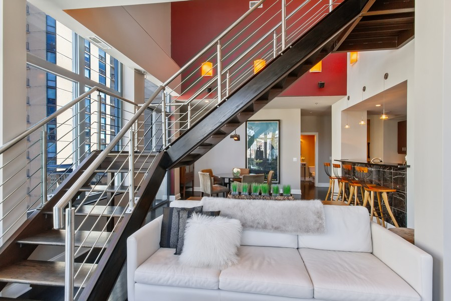 Real Estate Photography - 101 W Superior St, Unit 1204, Chicago, IL, 60611 - Staircase