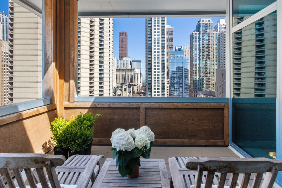 Real Estate Photography - 101 W Superior St, Unit 1204, Chicago, IL, 60611 - Private Covered Terrace