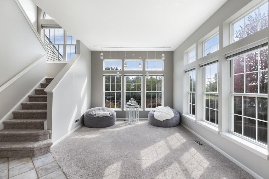 Real Estate Photography - 1775 Nashville Ln, Crystal Lake, IL, 60014 - Living Room