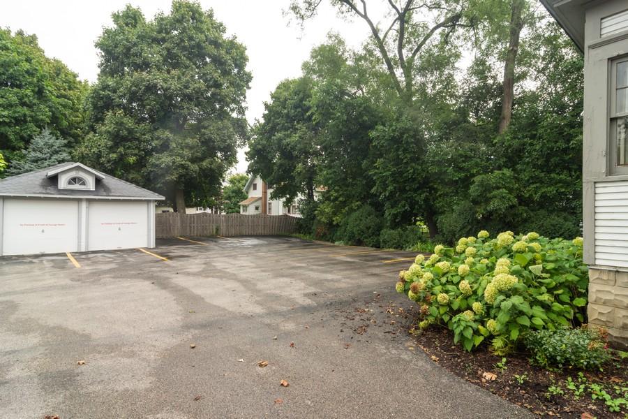 Real Estate Photography - 308 West Main St, Barrington, IL, 60010 - Driveway